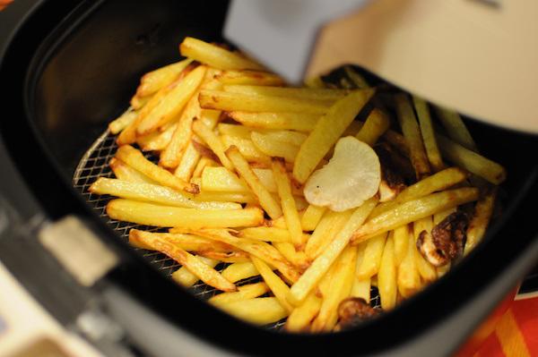 Classement guide d 39 achat top friteuses sans huile en apr 2018 - Cuiseur frites sans huile ...