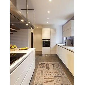 interesting toutes les personnes qui dsirent possder un grand tapis de cuisine pourront trouver. Black Bedroom Furniture Sets. Home Design Ideas