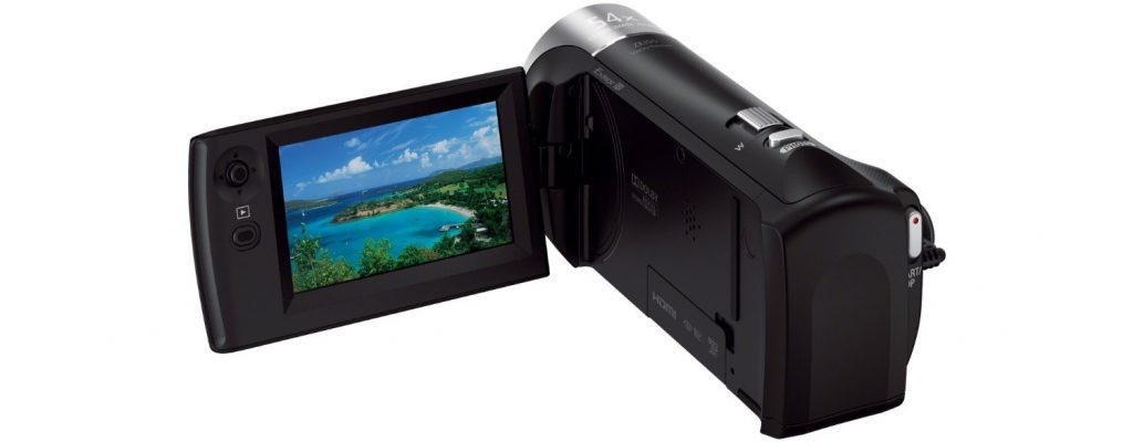 1.3 Sony HDR-CX240