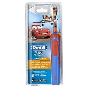 3.Oral-B Stages Power - Brosse à Dents Électrique pour Enfant - Cars & Planes de Disney