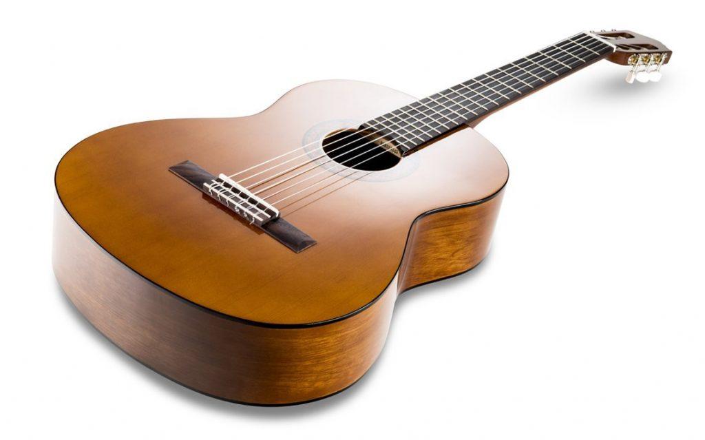 classement guide d 39 achat top guitares classiques en avr 2018. Black Bedroom Furniture Sets. Home Design Ideas
