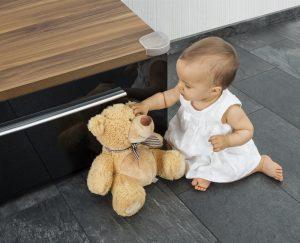 classement guide d 39 achat top prot ges coin de table pour b b en ne s 39 abr ge pas 2018. Black Bedroom Furniture Sets. Home Design Ideas