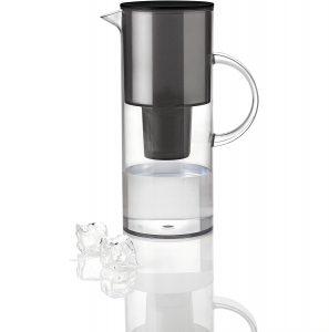 carafe filtrante en verre guide d achat pour choisir unne. Black Bedroom Furniture Sets. Home Design Ideas