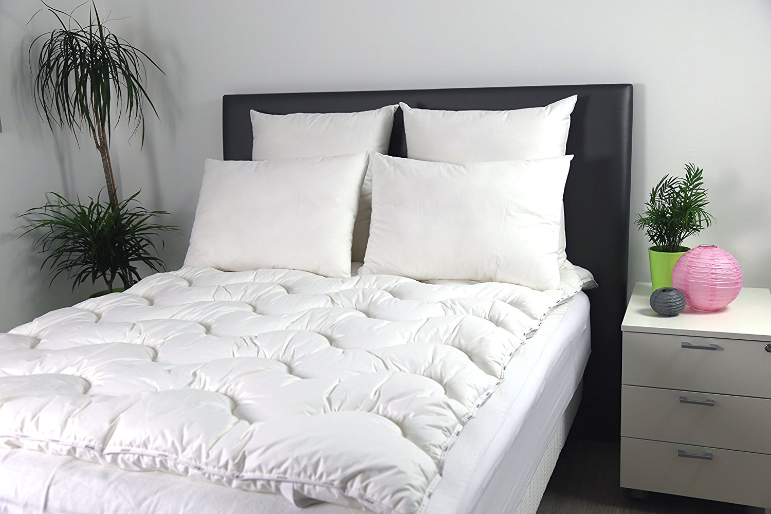 surmatelas moelleux trendy sur matelas mousse with surmatelas moelleux stunning surmatelas. Black Bedroom Furniture Sets. Home Design Ideas
