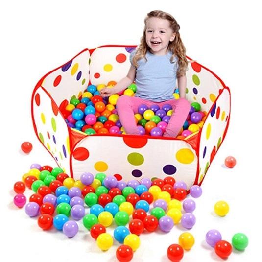 Les meilleurs parcs boules pour b b s comparatif en for Piscine a boule bebe
